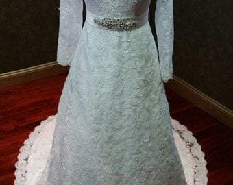 Modest Lace Wedding Dress Long Sleeves Bridal Gown Ready to Ship