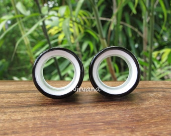 """Black & White 2 Tone Tunnels Glass 6g 4g 2g 0G 00g 7/16"""" 1/2"""" 9/16"""" 5/8"""" 4 mm 5 mm 6 mm 8 mm 9.5 mm 10 mm 12 mm up to 1"""" Inch (25.4 mm)"""