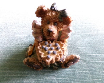 Boyd's Bear Limited Edition Bailey the Baker figurine, Numbered Boyd's Bear figurine, Bear figurine, Numbered figurine