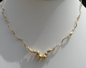 Necklace in 585 gold filled, extravagant design