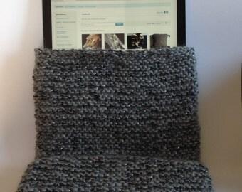 iPad / tablet case, knitted, grey, silver thread, felt lining, stud fastening