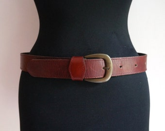 Rustic brown thick leather belt, rhombus eyelet, golden buckle, western belt, medium size, men's vintage fashion accessories