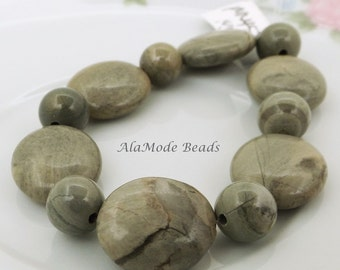 Mossy Green Jasper Gemstone Beads (12) 16MM Ovals 8MM Rounds