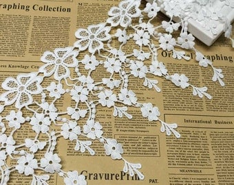 Fabulous Off White Venice lace Floral Embroidery Teardrop Tassel Lace Trim 7.48 Inches Wide 1 Yard YL184