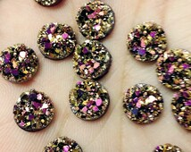 Faux druzy - Magenta gold 8mm chunky  Cabochons 10pcs