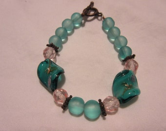 Turquoise and Pink Funky Flower Glass Beaded Bracelet