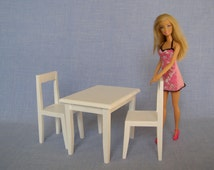 Table and chairs for 12 inch / Barbie doll