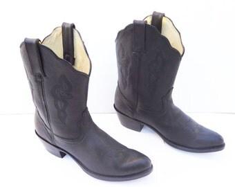 Durango women Brown cowboy ankle boots size 8.5 M