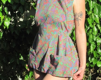 Vintage 60s 70s Paisley Psychedelic Craft Apron Shirt Pocket Ties in Back Crafts