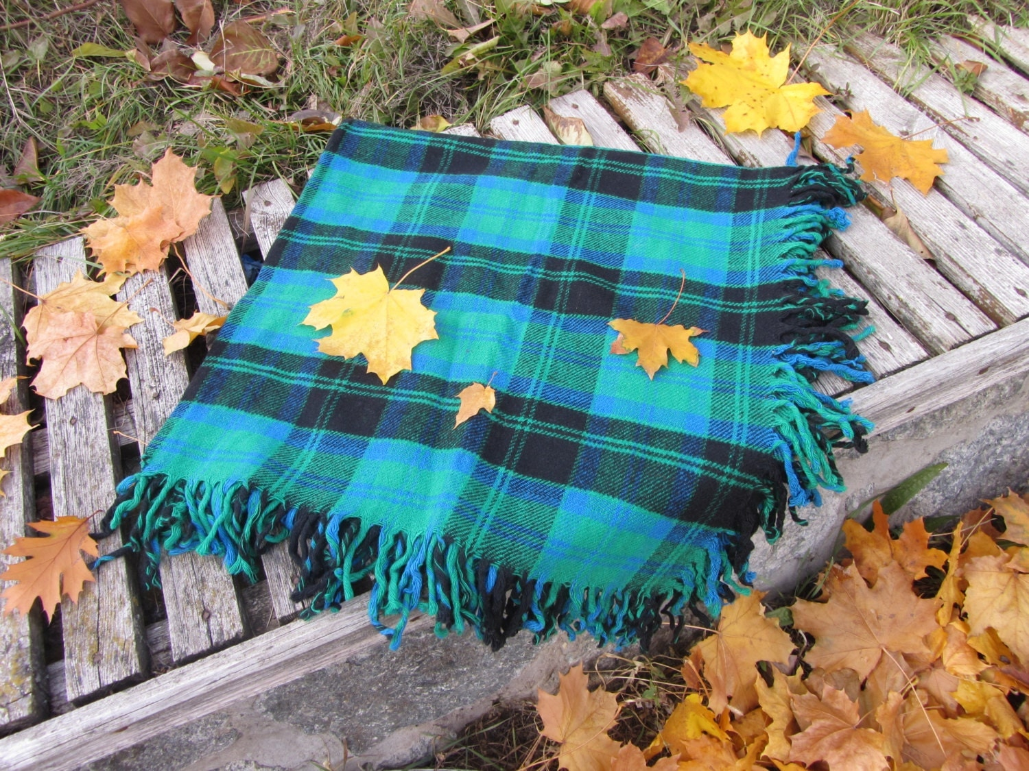Blue and Green checkered pattern wool scarf, USSR vintage wool scarf, Warm gift