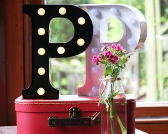 Vintage Carnival Style Marquee Light, Light up Letter P - Battery Operated/Various Colours - Perfect Night Light/Gift/Wedding Decor