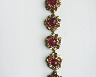 Art Deco Gold and Red Bead Bracelet