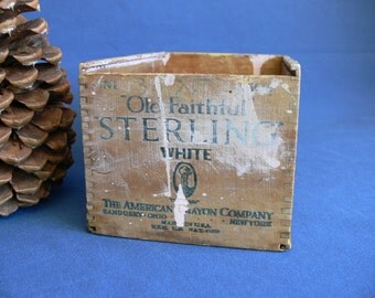 Wood/Wooden Sterling White Chalk Box, Vintage 1920s Rustic Paint Splattered Condition, The American Crayon Company Sandkusy Ohio New York