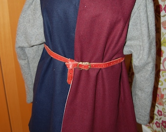 Wars of the Roses livery coat Richard III murrey & blue medieval reenactment