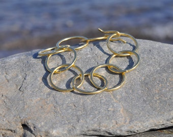Gold plated hoops bracelet