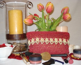 Makeup Bag PATTERN | Tulips | Crochet Pattern | Crocheted Purse | Zippered Purse | Gifts for Her | Accessory | Clutch | Teens and Girls