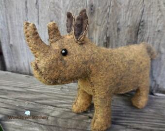 Stuffed rhino, rhinoceros, small rhino, African rhino, zoo animal, soft toy