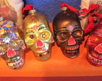 SPECIAL ** Set of 4 ** Dia De Los Muertos Glass Ornaments