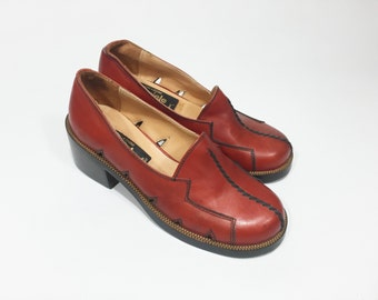 Vintage Loafers Shoes / Red Deastock Vintage Shoes / Vintage 60s Heel Loafers /Shoes 1960 without lace /Deadstock Vintage Shoes /Small Shoes