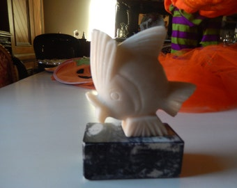 MARBLE FISH BOOKEND