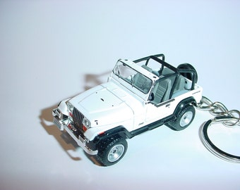 3D Jeep Wrangler custom keychain by Brian Thornton keyring key chain finished in white racing trim 4x4 offroad rescue mission truck clueless