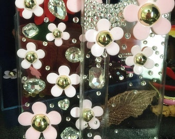 Bling Cute Pink Girly Daisy Sparkly Crystals Gems Rhinestones Gemstones New Lovely Flowers Fashion Hard Cover Case for Various Mobile Phones