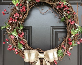 Rustic Christmas wreath with berries and linen and gold bow; holiday wreath; Christmas decoration; Christmas gift
