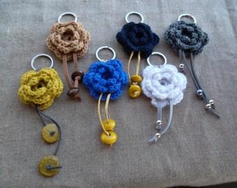 Keychains FLoWeR handmade...( knitted crochet)