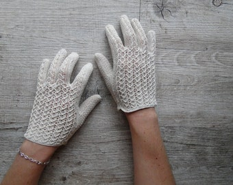 crochet beige size 6 gloves