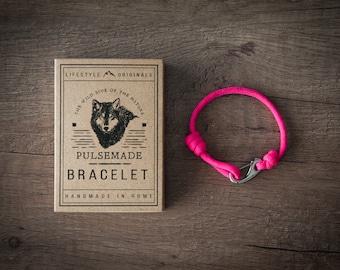 Men's bracelet-pink woman on unisex Paracord 550-Pulsemade Slim collection-Handmade paracord bracelet Neon Pink Mens/Womens