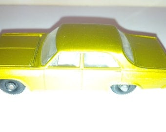 Vintage Lesney Matchbox Diecast Car : No. 36 OPEL Diplomat Gold - Chrome Engine 1966 Excellent Condition Made In England