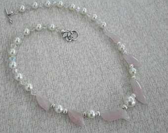 Pearls and Rose Quartz Necklace Set