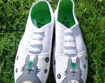 Totoro Hand Painted Canvas Shoes Size 6 EUR 39