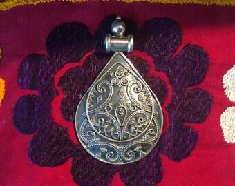 Sterling Silver Pendant-Flower Pendant-Handmade Vintage Pendant-Ethnic-Hippy-Gypsy-LV26