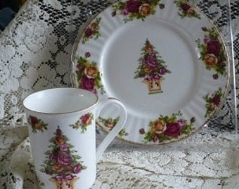 SALE  20% OFF   Old Counrty Rose Holiday  Plate and Mug Set