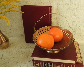 Vintage Brass Bowl, Brass Basket, Engraved Brass, Chocolate Candy Fruits Bowl, Vintage Home Rustic Decor Ornament