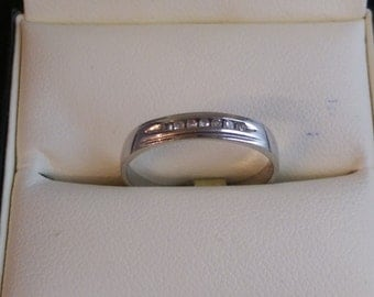 9ct White Gold Eternity Ring SIze N