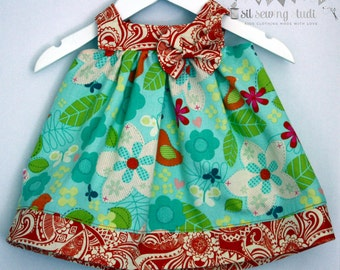 Baby dress birds bow, baby girl dress with bow, square neck and buttons. Baby girl dress, birds, orange. Sizes 0-3 months Ready to ship