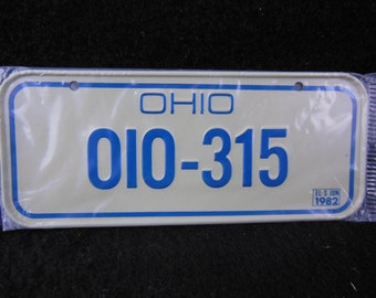 Ohio State Bicycle License Plate - 1982 Bike License Plate -Mini Colorful Metal Signs