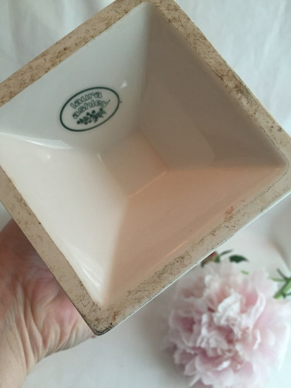 Wedding Gift Card Laura Ashley : Vintage laura ashley vase ceramic pink and by GlyndasVintageshop