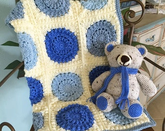 Boy's Baby Blanket-Circles of Fun! (Bear not Included)