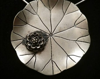 SALE!!  Stunning unique vintage hand crafted silver lilly pad and water lilly pendant!