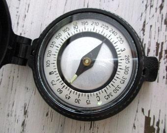 Vintage  Bakelite Compass. Russian Vintage Compass. Vintage Bakelite Case Russia Russian post WW II COMPASS Working Condition