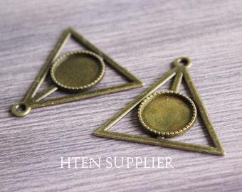 40pcs 16mmAntique Bronze Triangular shape pendant setting, 16mm glass brass pendant blank, pendant base,16MM trays