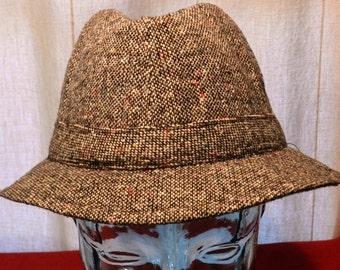 Vintage Tote's Brown Tone Tweed Fedora Rain Hat Size Medium      00657