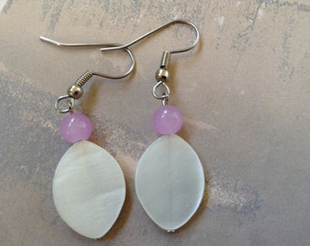 Mother of pearl earrings white with pink (item #262)