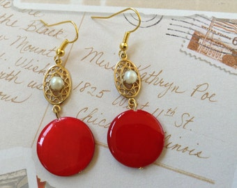 Red mother of pearl earrings with connector, Christmas (item #265)