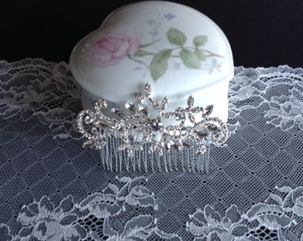 Vintage Swarovski Crystal Bridal Hair Comb~Wedding Crystal Head Piece~Bridal Hair Clip~Rhinestone Hair Comb~Wedding Jewelry
