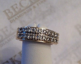 Vintage 14k two tone 18 Diamond Double Row Wedding Band Ring .36 tw HI-SI1,2-I1, size 5.25 and 6.14mm wide