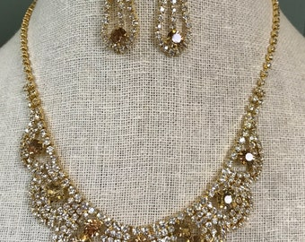 Beautiful Light Colorado Topaz Gold and Clear Rhinestone Necklace and Dangle Earring Set